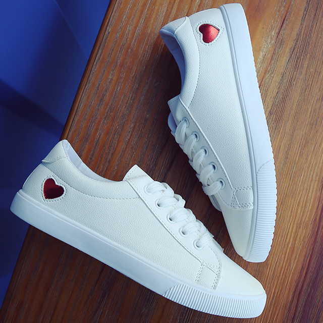 Moxxy Fashion Women Sneakers Casual White Shoes Autumn Canvas Shoes  Trainers Lace Up Ladies Basket femme Heart tenis feminino 565a4544bf41
