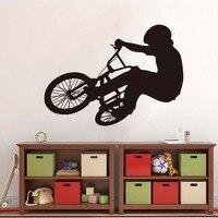 شحن مجاني جدار صائق الفينيل أمرض طفلا ركوب الدراجة جدار الفن تصميم ديكور المنزل غرفة المعيشة غرفة نوم المنزل JD1889A0