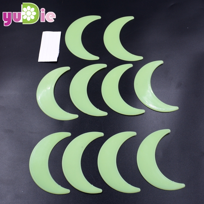 10Pcs Big 9cm Moon Energy Storage Fluorescent Glow In The Dark Christmas  Kids Bedroom Wall Stickers Baby Rooms Home Decoration 0d5b9df347f