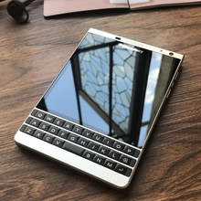 Original BlackBerry Q30 Passport Silver Edition cell Phone unlocked 3GB RAM 32GB ROM 13MP Camera ,Free DHL-EMS Shipping(Hong Kong,China)
