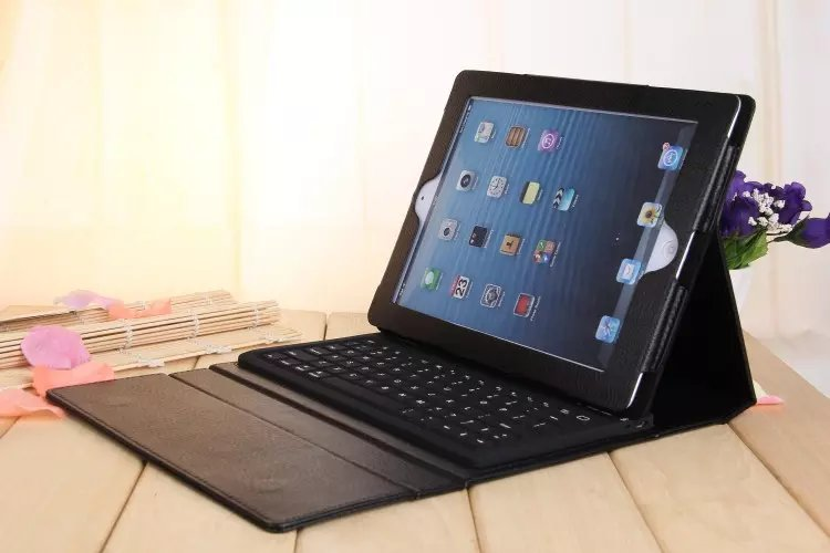 solid stand for ipad 2 ipad 3 ipad 4 case wireless bluetooth 3.0 silicon keyboard + pu leather cover for ipad 2 3 4 with gift