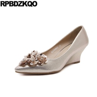 Metal 3 Inch Women Size 4 34 Floral Wedge Medium Pumps Rhinestone Golden Pointed Toe Bridal
