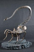 Handmade PREDALIEN Alien vs. Predator Alien Queen Figure Statue AVP Model Bust Statue Collectible Best Quality Wholesale/Retail