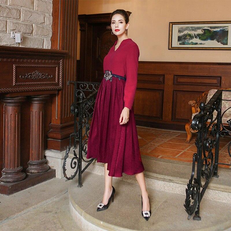 Foncé À 2018 Soie Automne Style Longues Manches Chinois Jacquard Grande Taille De Cou Voa Broderie Maxi Femmes Rouge Alx10101 Robe V wq70dwE