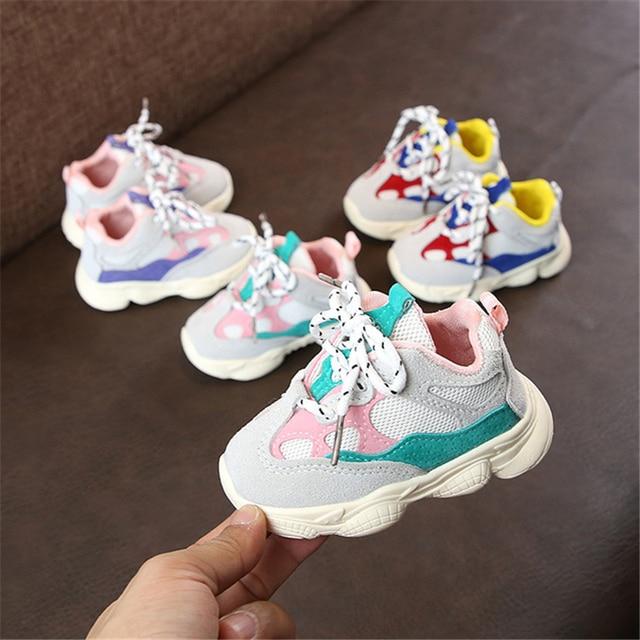 2018 на осень для маленьких девочек обувь для маленького мальчика Детские Повседневное кроссовки мягкая подошва удобная шить Цвет детские кроссовки