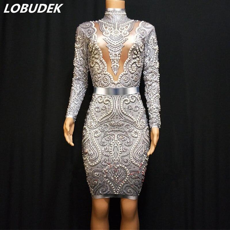 Haut de gamme de luxe femmes robe or argent perles strass à manches longues enveloppé hanches robe fête d'anniversaire soirée scène Costume