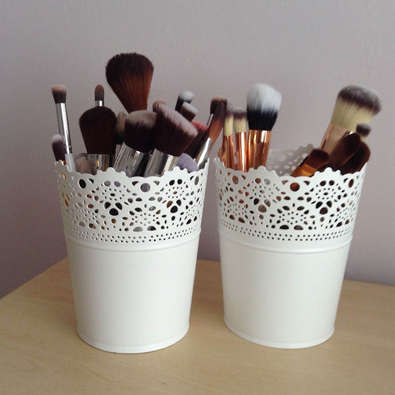 2pcs Quality Lace Hollow Barrel Flower Pots Desktop Decoration Storage Make Up Brush Holder Candle Holder LC