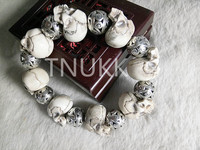 TNUKK Natural Products Exquisite Carving Deer Bone Skull Bracelet With Authentic Halloween Crafts Beads The Surprise