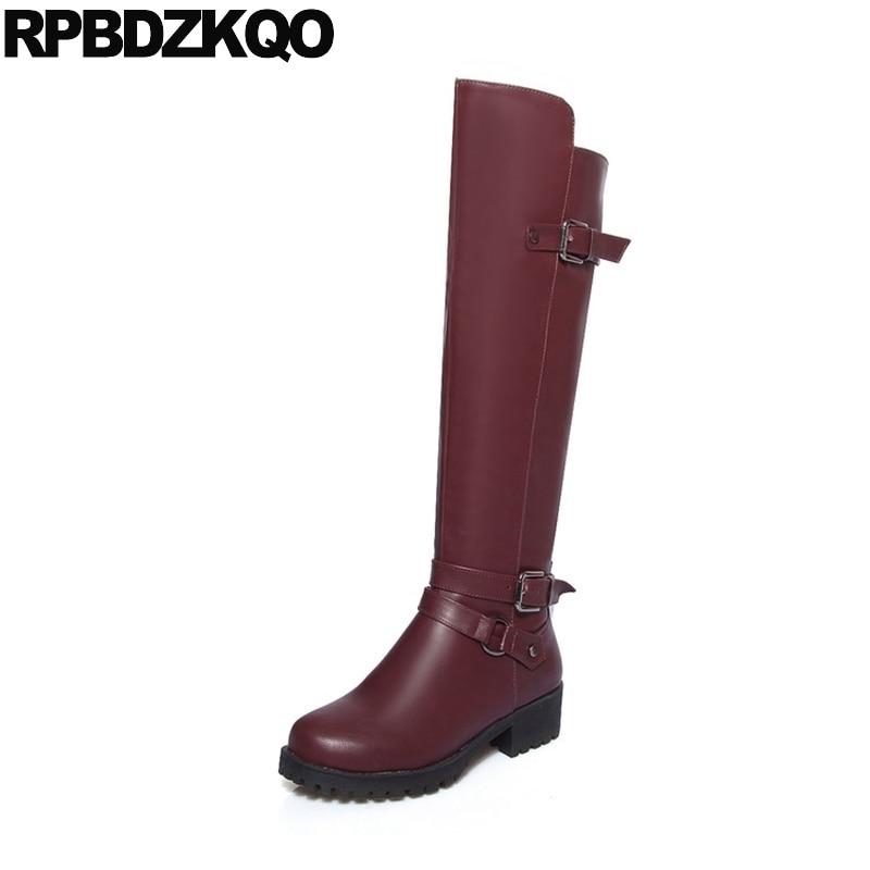 Talon bas 10 gros bout rond imperméable bottes d'hiver femmes chaussures pas cher grande taille équestre genou haute longues ceintures équitation vin rouge