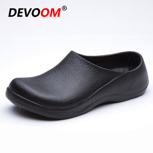 Hot Sellers Chef Professional Slip Resistant Work Shoe Waterproof Oil-proof Kitchen Room Shoes 2019 Mens Summer Sandals Black Clogs Size 44