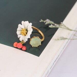Image 5 - יקירי אמייל זיגוג לבן דייזי פרח קריסטל דובדבן הפתח טבעת יכולה להתאים