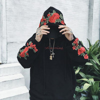 2018 New couples Hoodies roses Embroidered long Sleeve Men and Women Felpata vintage elegant casual Shirts and Men fleece
