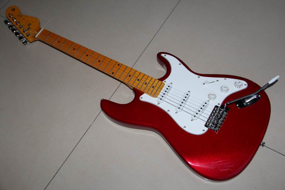 New Arrival STR electric guitar 3 Noisseless  pick ups Aged maple neck Top quality in Metal red Candy red 111112 free shipping china left handed str electric guitar aged in cream 160106 0320