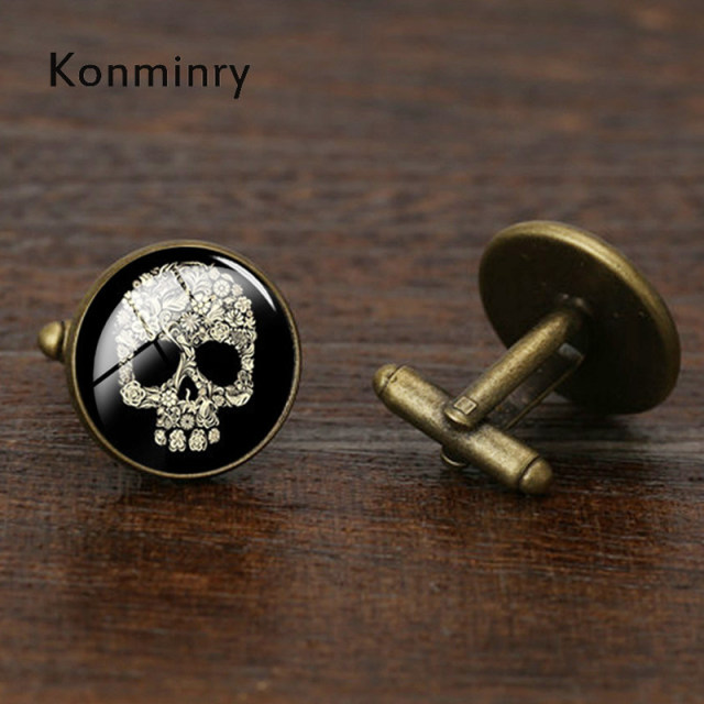 Konminry Vintage Skeleton Cufflinks Round Glass White Skull Design Cuff Links Wedding Shirt Suit Jewelry