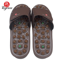 BYRIVER Новий дизайн Cool Men Women Jade Stone Acupuncture Acupoint Магніт Ротанг Foot Massage Slipper Оздоровче взуття