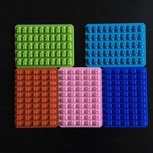 Image 5 - 실용적인 귀여운 거미 곰 50 캐비티 실리콘 트레이 초콜릿 캔디 아이스 젤리 금형 만들기 diy 어린이 케이크 도구 도매 D0026 1
