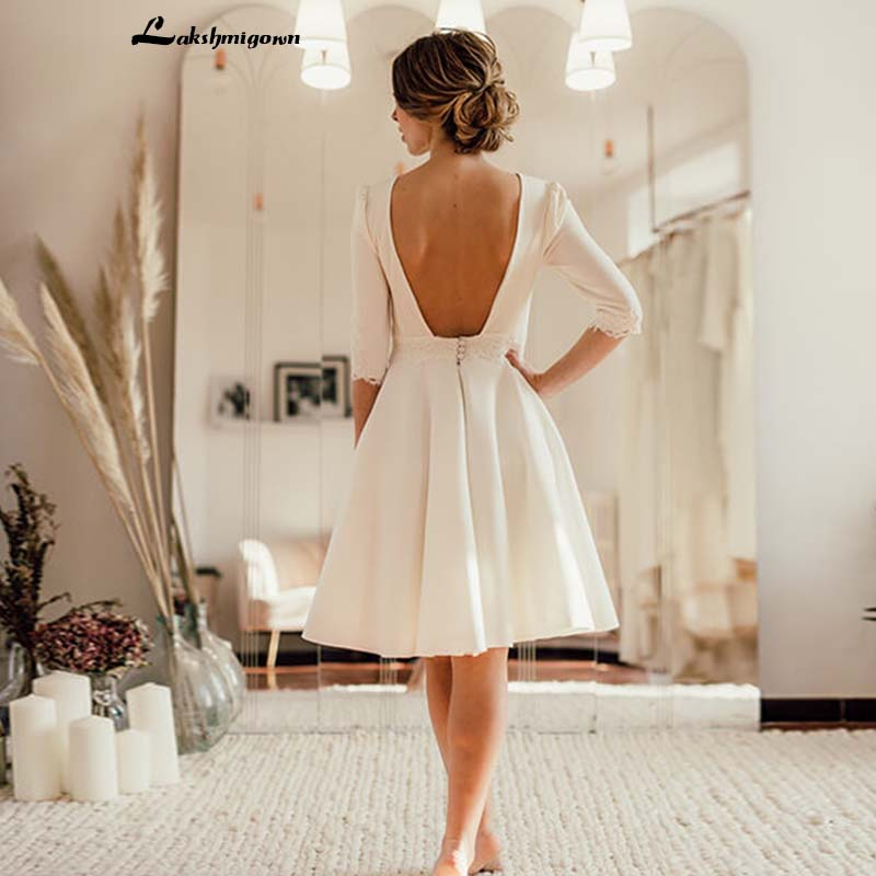 2019 Ivory Short Wedding Dress Open Back Crepe Knee Length Bridal Dresses Short Sleeves Robe De Mariage