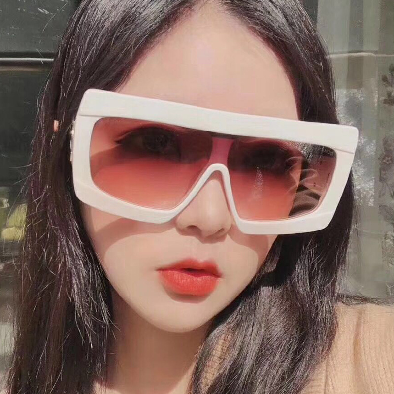Women Flat Top Sunglasses for Female Brand Oversize Square Shades Gradient Sun Glasses Men Cool Fashion Designer in Women 39 s Sunglasses from Apparel Accessories
