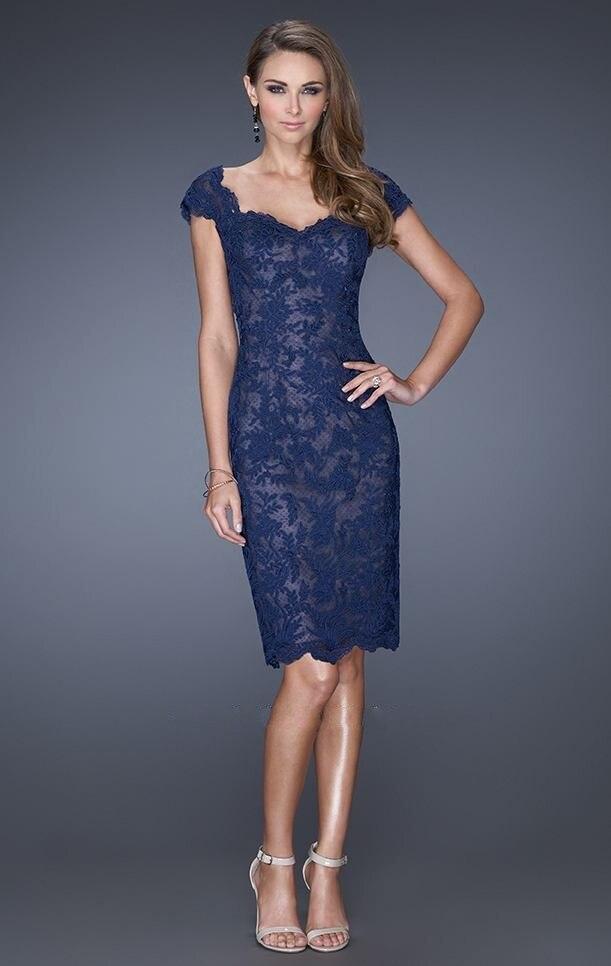 Vestidos de noche azul con encaje