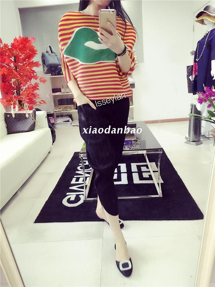 De Personnalité Bande Rouge shirt Mode Chauve En Gratuite Manches Grand Le Miyake T Livraison Lèvres Stock Multi Nouveau Plier À souris 06vw0xq