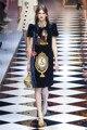 Designer de marca famosa mulheres de roupas 2016 infantil lantejoula frisada vestido de banda desenhada o-pescoço três meia manga curta vestido de túnica