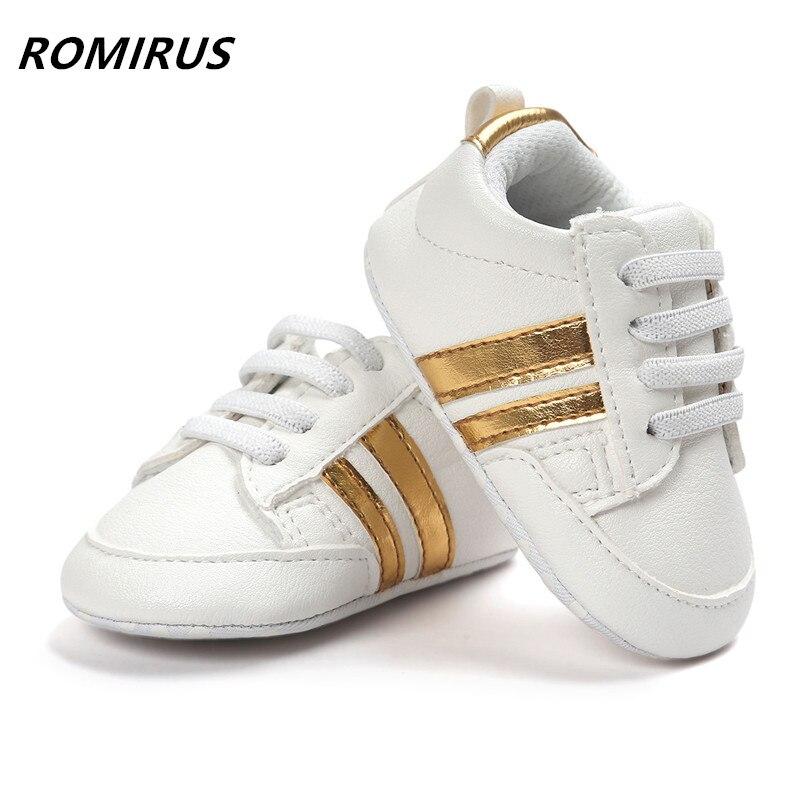 Romirus/модные детские мокасины из искусственной кожи малышей Первый Уокер на мягкой подошве для маленьких девочек Обувь для новорожденных мальчиков Спортивная обувь для 0-18 м