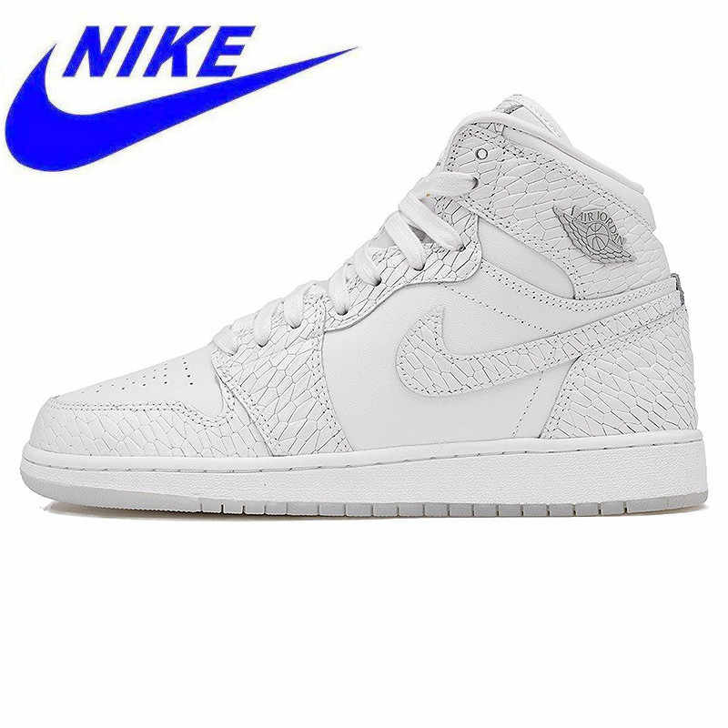 the latest 2e995 ae851 Nike Air Jordan 1 Retro High Pre HC AJ Men s Basketball Shoes, Outdoor  Shock-
