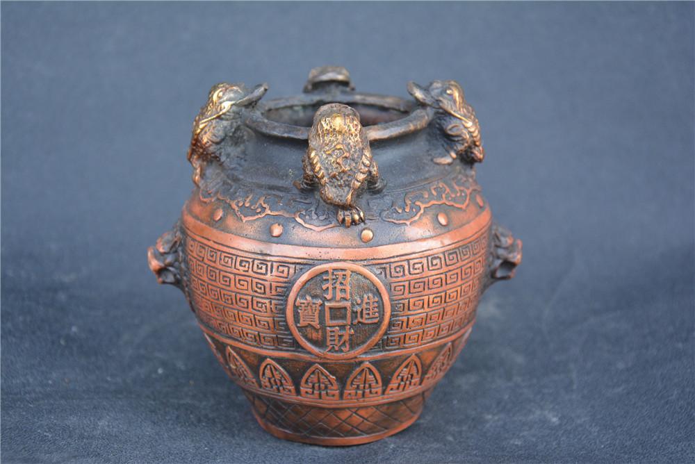 Collection QingDynasty copper carved toad jar,Hand carving crafts,best adornment,free shippingCollection QingDynasty copper carved toad jar,Hand carving crafts,best adornment,free shipping