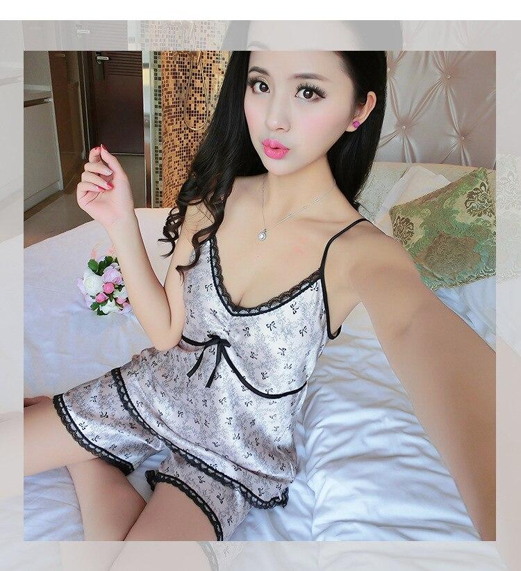 Summer Style Pajamas Sets Women Female Sleep Set Women's Deep V-Neck Sexy Shorts Sleepwear Faux Silk Homewearynqy01