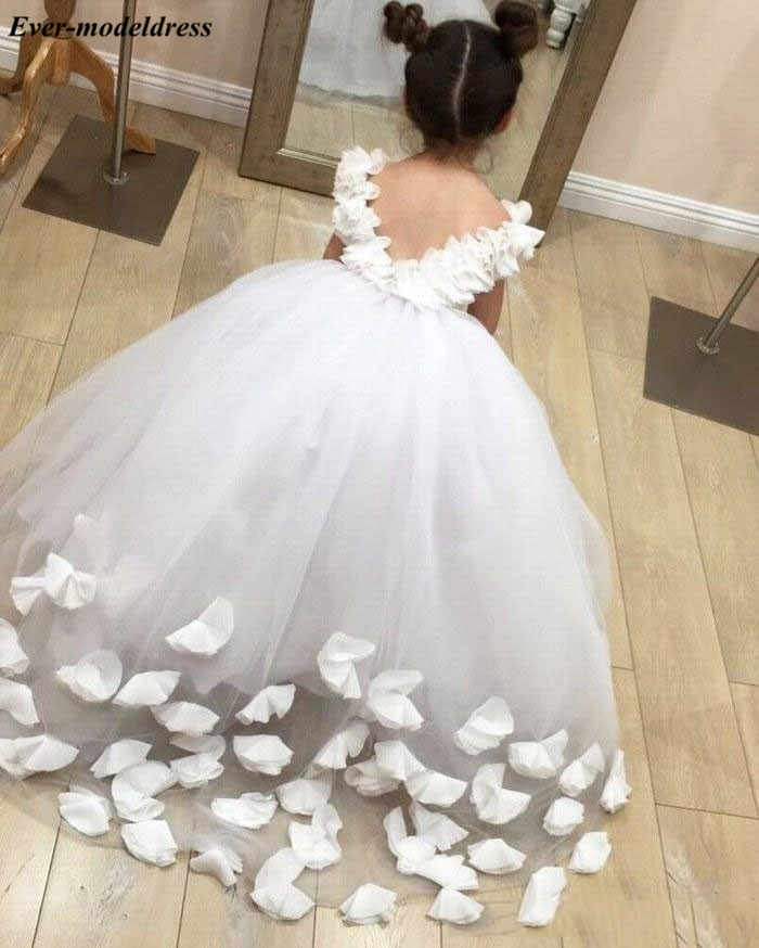 5918ede11f3cf Chic White Tulle First Holy Communion Dresses Appliques Ball Gowns Flower  Girls Dresses For Wedding With Hand Made Flowers 2019