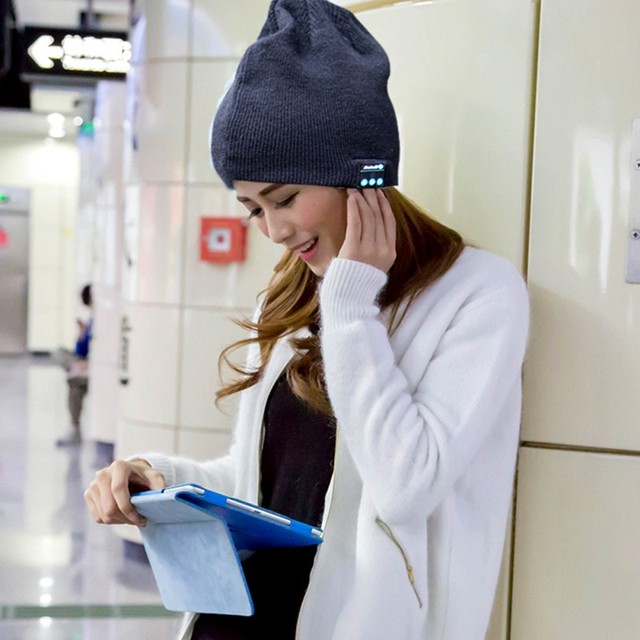 Knitted Smart Bluetooth Beanie