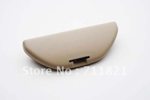Interior Roof Mount Sunglass Holder Beige Color For Volkswagen For VW Golf Jetta MK4