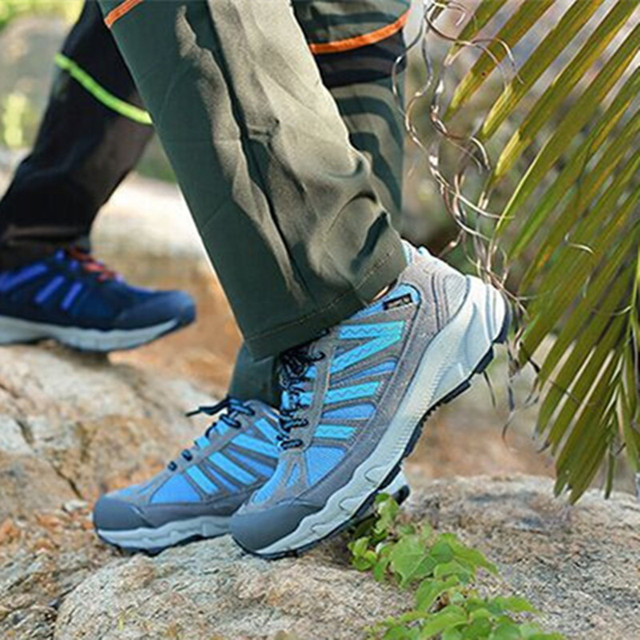 High quality men Hiking leather mesh Botas Climbing boots male Rubber sole outdoor mountain shoes non-slip breathable sneaker