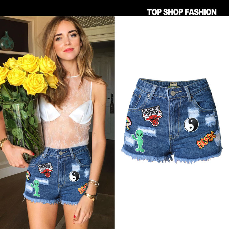 Europe and the United States womens fashion street snap joker color map of tall waist cultivate ones morality denim shorts