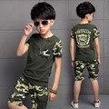 Cabritos del verano deportes al aire libre ropa de los niños ocasionales niños uniformes de camuflaje de manga corta camiseta top y shorts sets 5-14 año