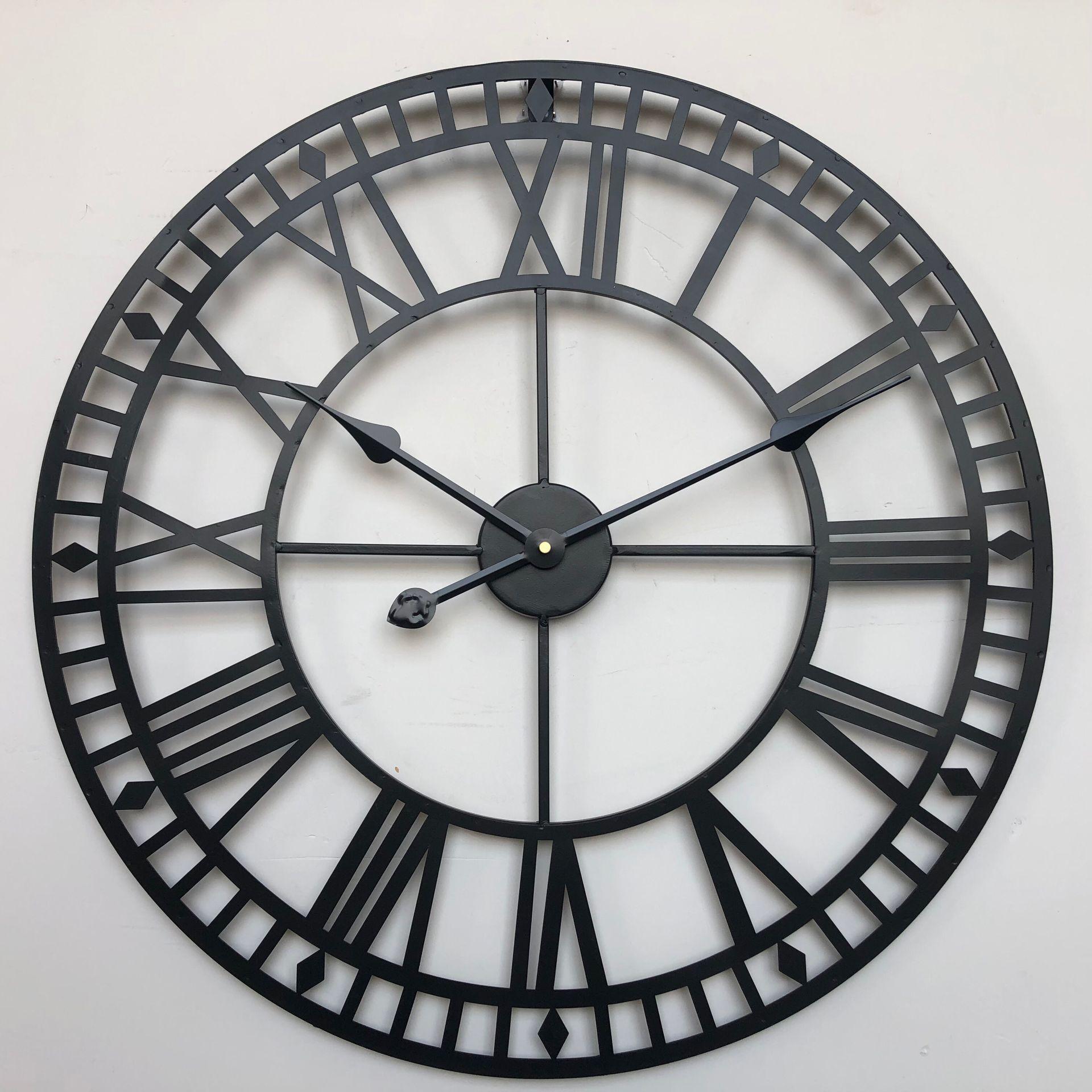 60cm European Large Roman Wrought Iron Wall Clock Modern Design Living Room Mute Decorative Round Quartz Clock Clock On The Wall