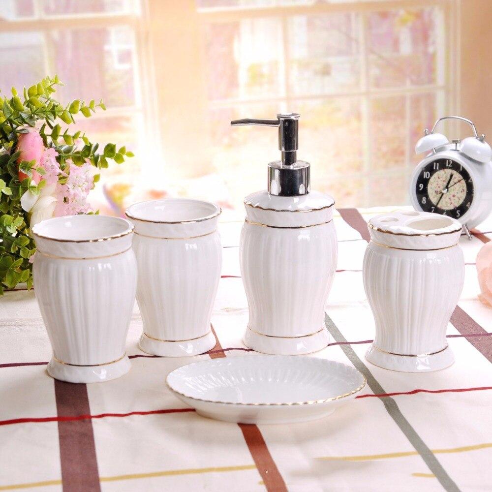 5 pièces Salle De Bains En Céramique Set Salle De Bain Accessoires de Toilette Électrique porte-brosse à dents Boîte à Savon Savon DispenserBathroomSet