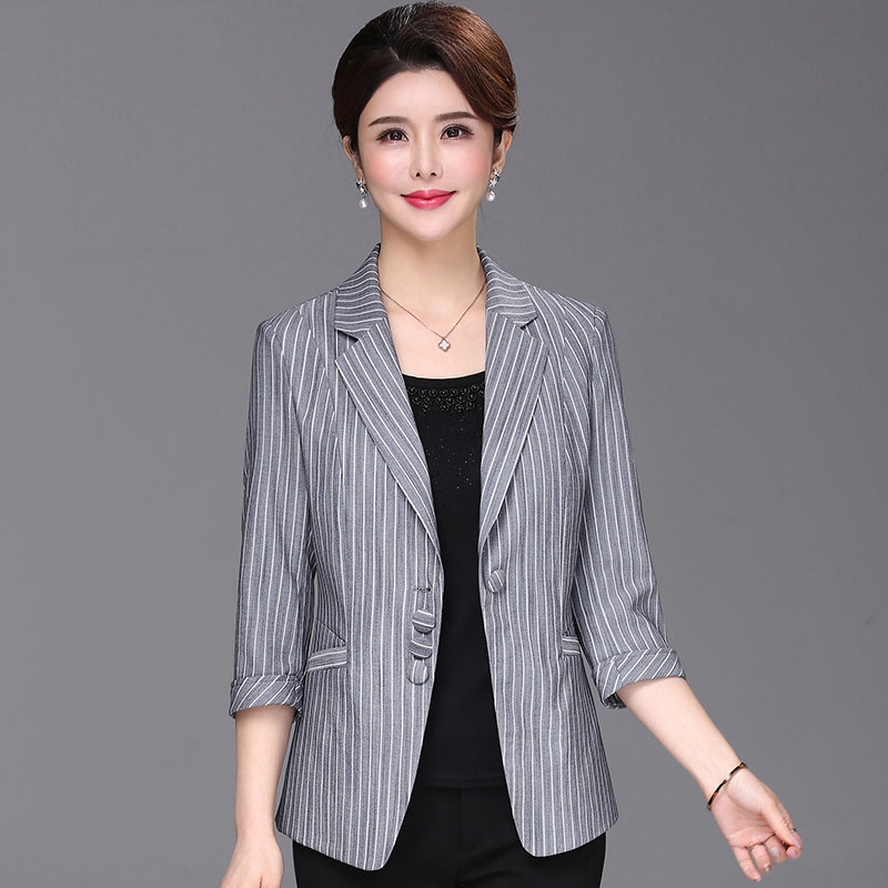 2019 Summer new arrival thin blazers women striped plus size 3/4 sleeve slim short jackets without lining(China)
