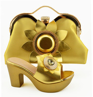 Gold Color Italian Shoe with Matching Bags High Quality African Shoe and Bag Set for Party In Women Nigerian Shoes and Bag Set