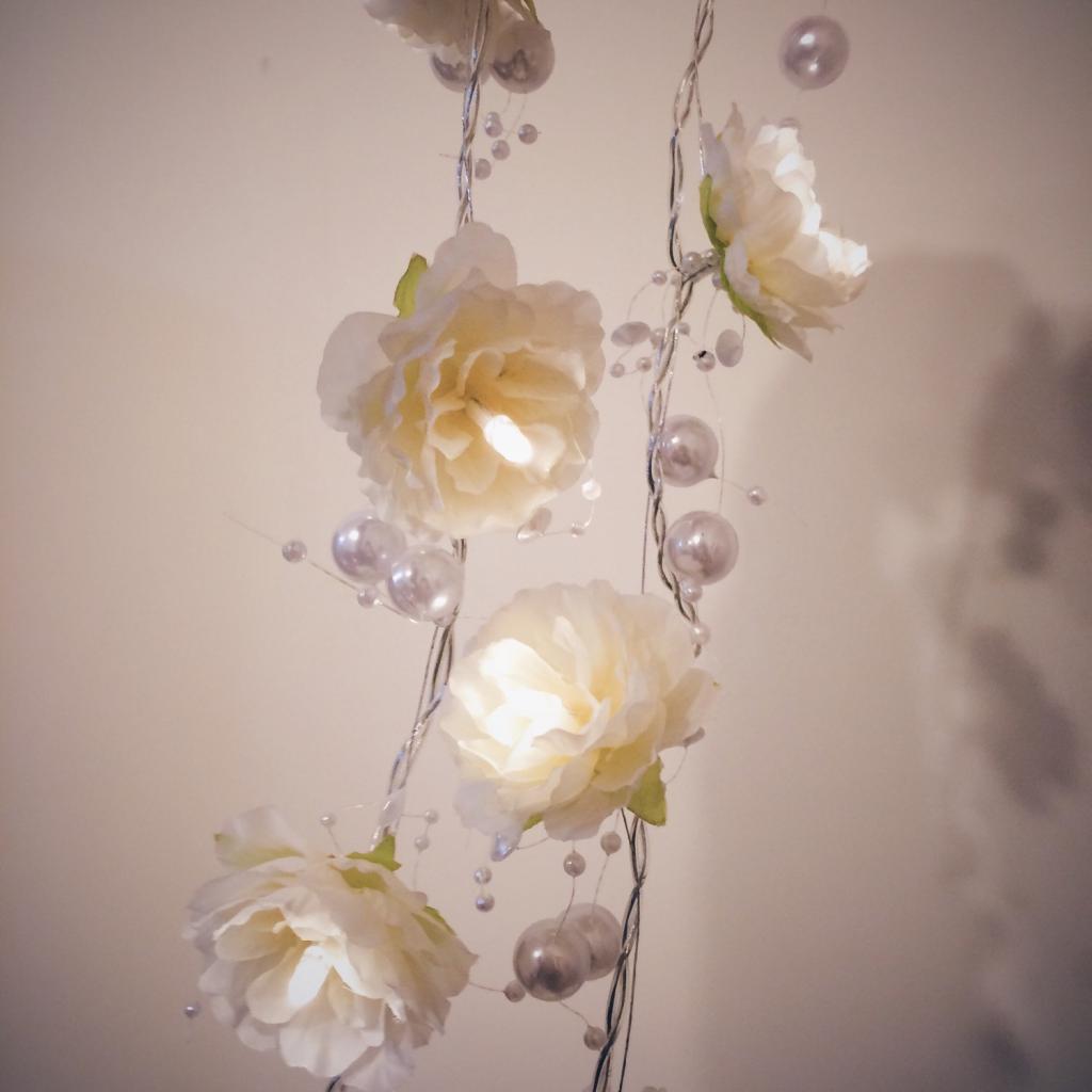 Новая горячая Распродажа Батарея opetated белая роза лампы цветочная гирлянда лампы фея Гирлянды светодиодные Свет свадьбу декоративные огни