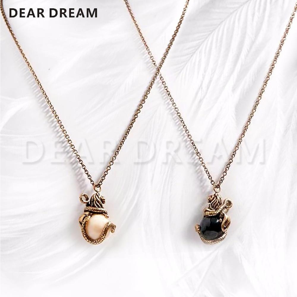 Élégant rétro tempérament Animal tête de Lion pendentif noir/blanc collier bijoux et accessoires