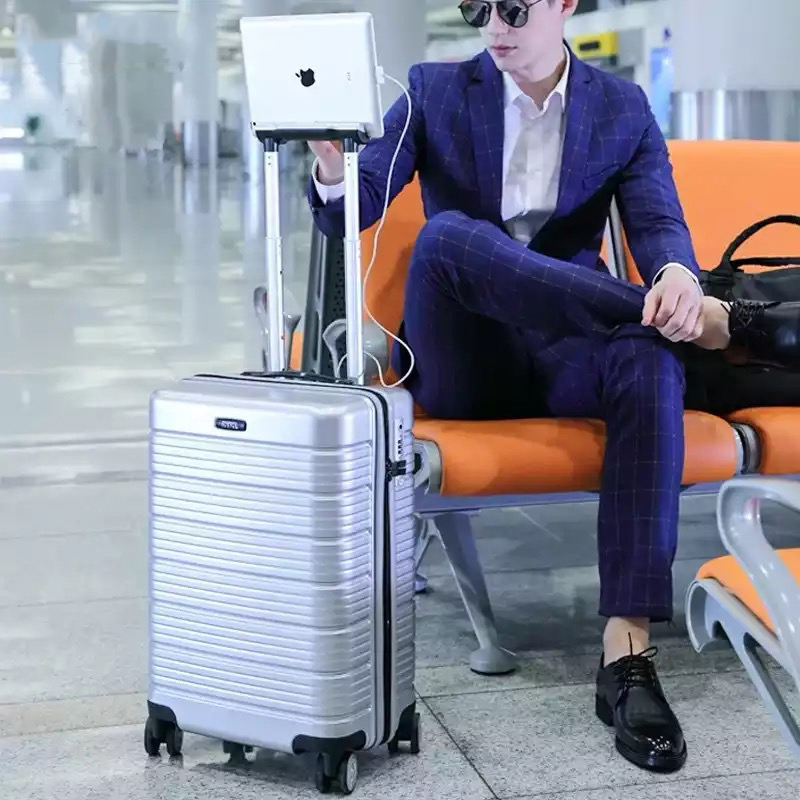 LeTrend Multifunction USB ชาร์จ Rolling กระเป๋าเดินทางรหัสผ่านรถเข็น 24/28 นิ้วกระเป๋าเดินทางผู้หญิงกระเป๋าเดินทาง-ใน กระเป๋าเดินทาง จาก สัมภาระและกระเป๋า บน   2