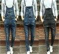 A moda das calças Jardineiras Macacão Jeans Para Os Homens 2015 Novo Longa e Sólida preto Magro Cowboy Geral Algodão Macacão Magras calças de Brim dos homens Tamanho 28-33