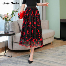 1pcs Hight waist Women's Plus size skirts 2019 Autumn mesh Lace Splicing Floral prints hollow Pleated skirt Ladies Casual skirts plus size floral embroidered mesh skirt