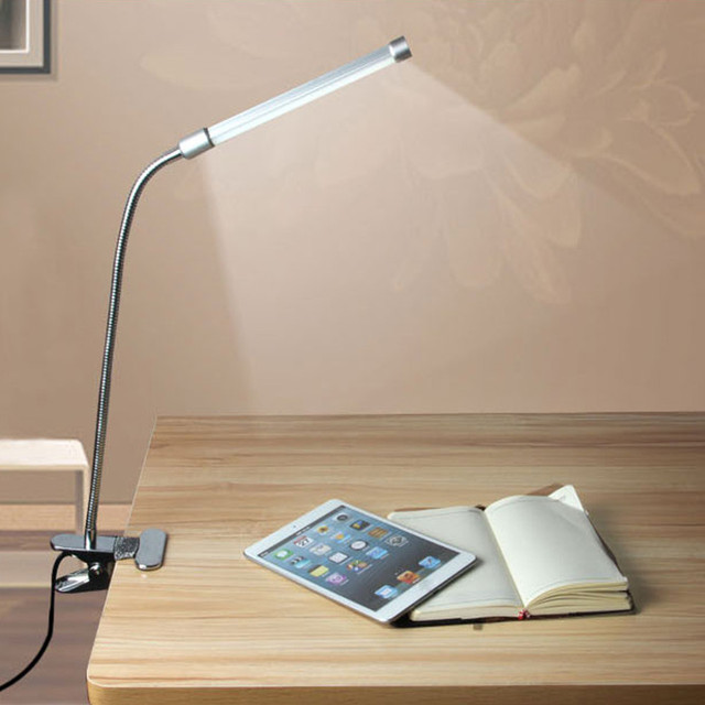 Eye Protection LED Clamp Light Study Lamp with USB Charging Port  Multi-Angles LED Lamp Reading Light Desk Table Lamp Silver