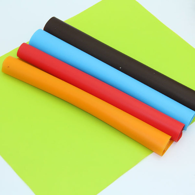 1pc 40x30cm Candy Color Silicone Coasters Baking Mats Placemat Baby Silicone Desk Mat Western Dinner Mat