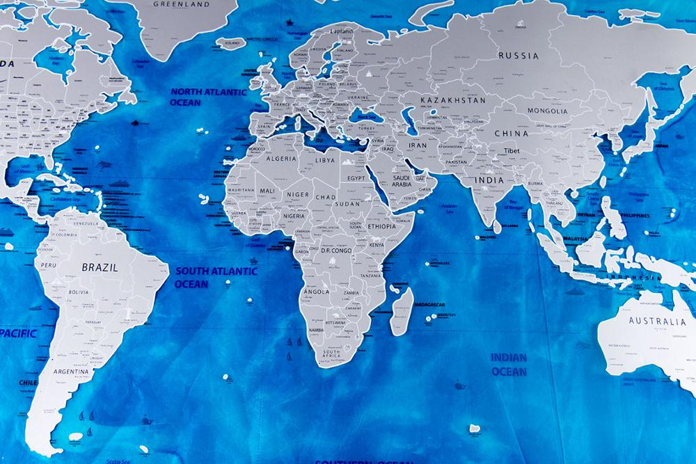 82,5x59,4 cm Deluxe azul océano borrar mapa del mundo para rascar mapa viaje para rascar personalizado para la decoración del hogar pegatina de pared 34 x LED Canbus lámpara para reposapiés bombillas + interior de luz de mapa Kit para VW Volkswagen T4 T5 T6 Multivan Caravelle transportador