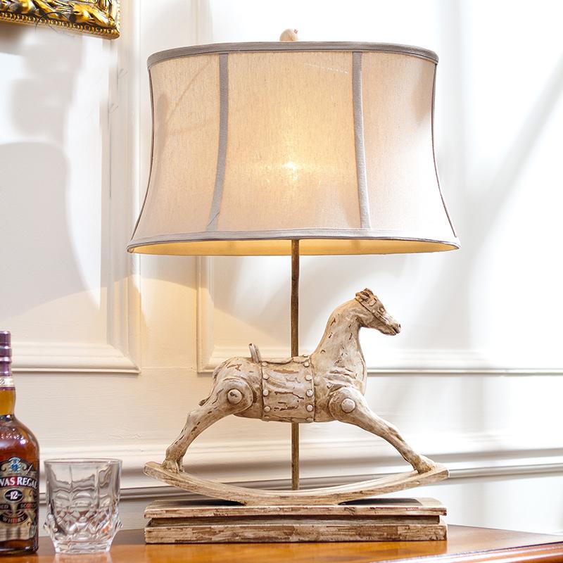 pueblo americano europeo creativas para el hogar adornos de resina retro caballo de escritorio lmpara