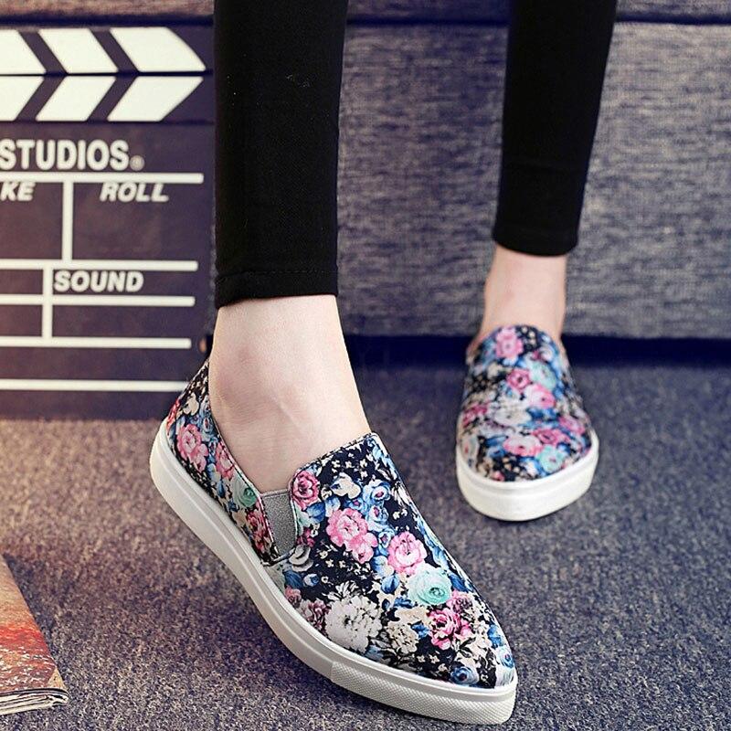 ADAcolorday 2017 Venta Caliente Primavera Florales Alpargatas Mujeres Zapatos Punta estrecha Mujeres Mocasines Resbalón en Los