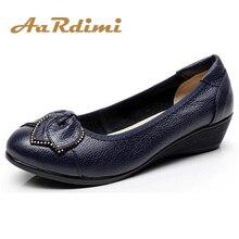 Новинка года; обувь из натуральной кожи; Женская Весенняя повседневная обувь на плоской подошве без застежки; женские лоферы; модная обувь на плоской танкетке; zapatos mujer